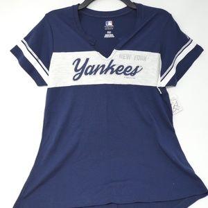 New York Yankees Women's V-neck Short Sleeve Tee